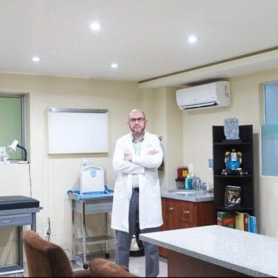 Dr. Guillermo González Segura