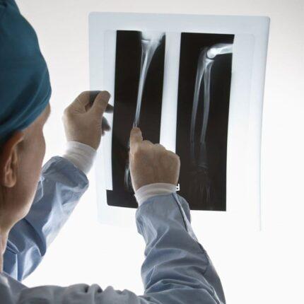 meddi- dr guillermo gonzález segura ortopedia enfermedades