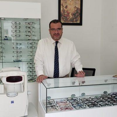 Dr. Iban Flores González
