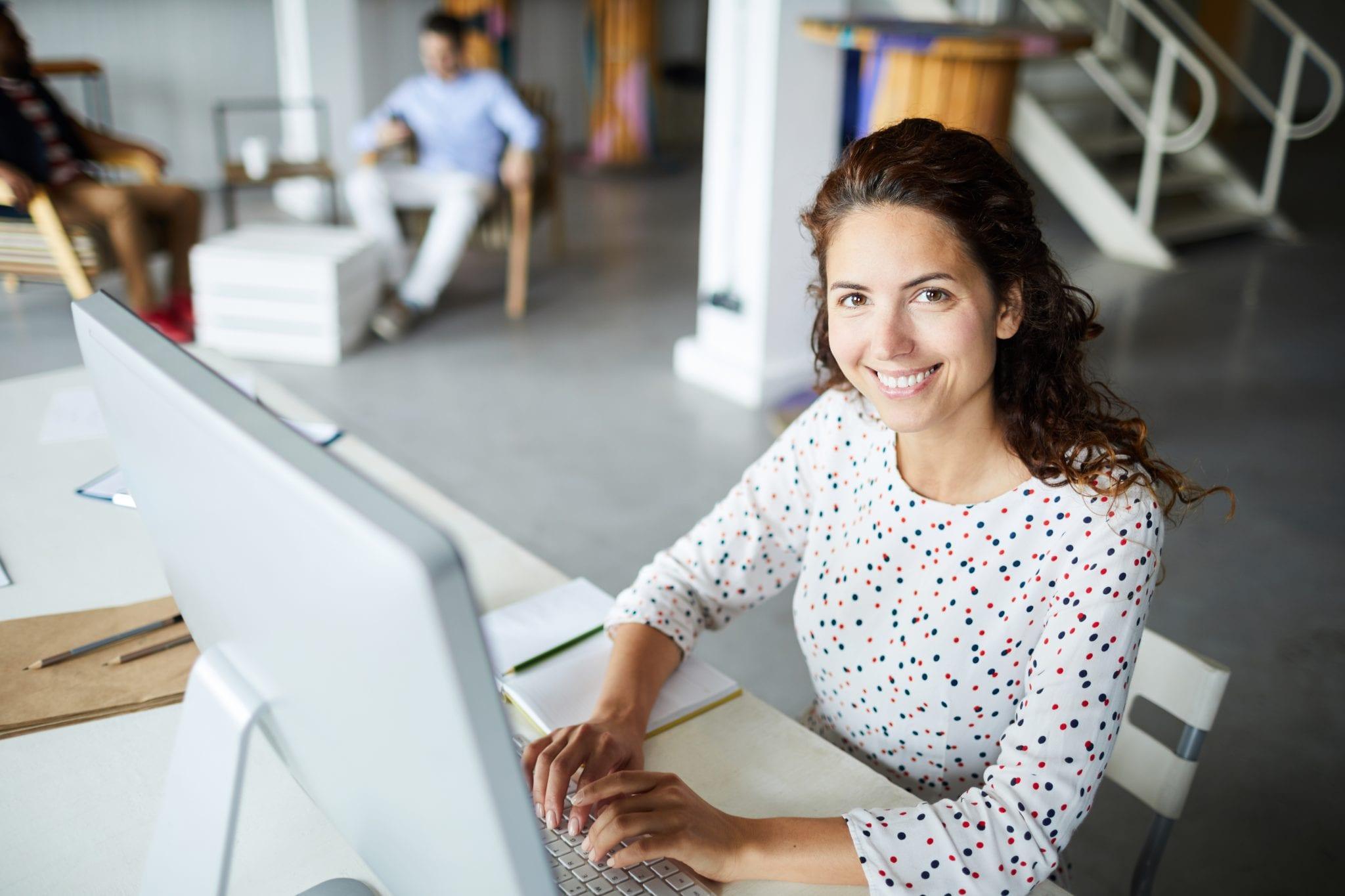 Blog de salud empresarial - Implementar la NOM-035-STPS en tu organización-contenido 2 Empleados más felices