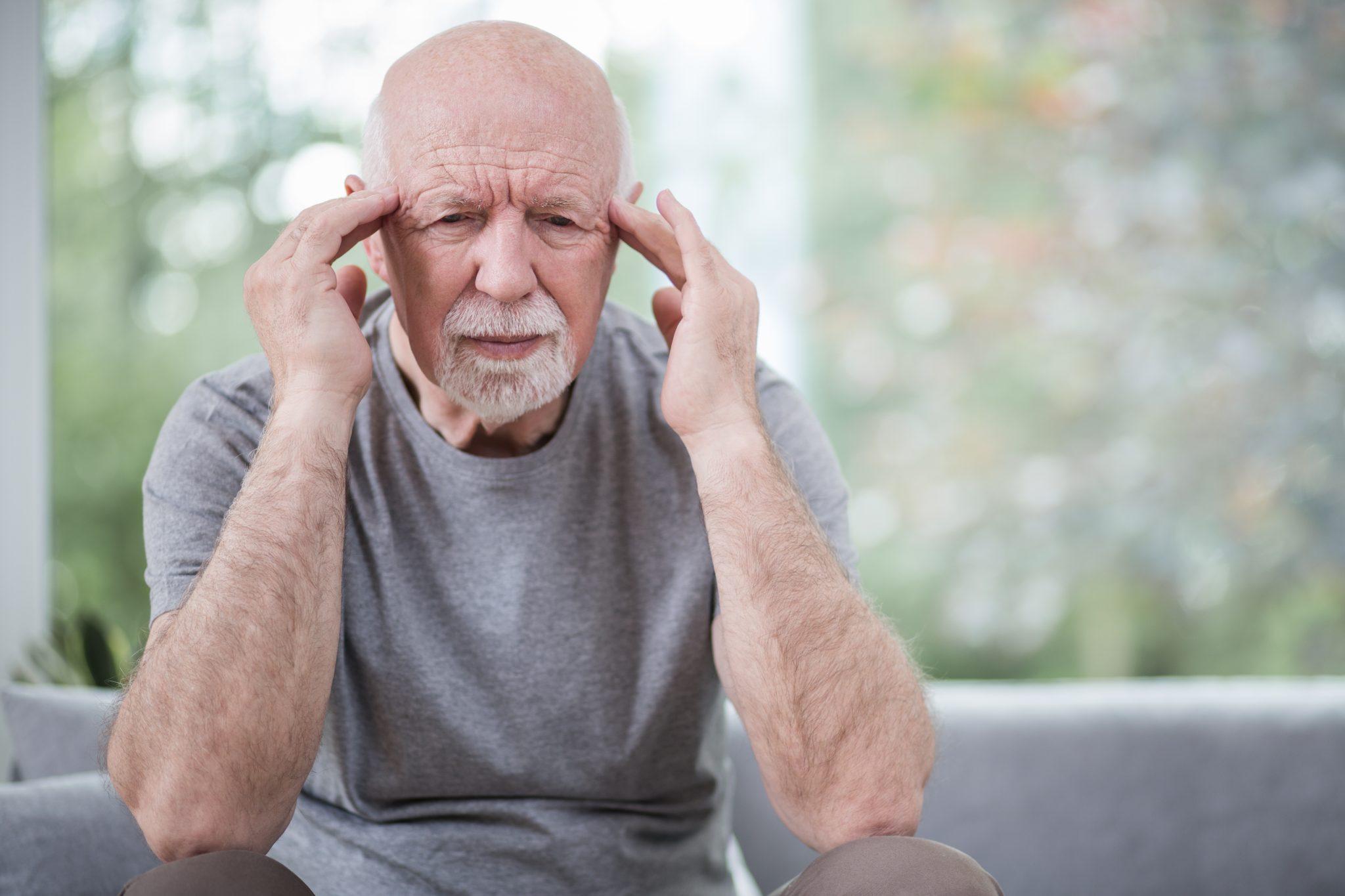 meddi- blog de evento vascular cerebral foto destacada- migraña